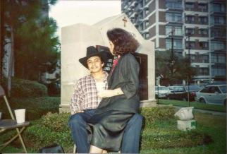 Mami y Papi bien enamorados! My parents would go on to set a fantastic example of what a marriage should be like.